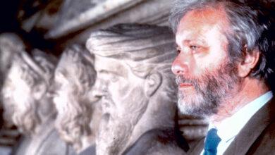 """Photo of De Crescenzo: il filosofo della """"napolitudine"""""""