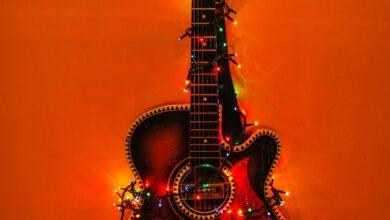 Photo of Alternative Christmas: la playlist natalizia fuori dal comune