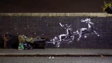 Photo of Banksy: come tramutare un clochard in Babbo Natale