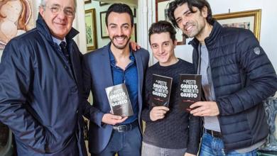 Photo of Al posto giusto al momento giusto, di Gigi e Ross e Oreste Ciccariello