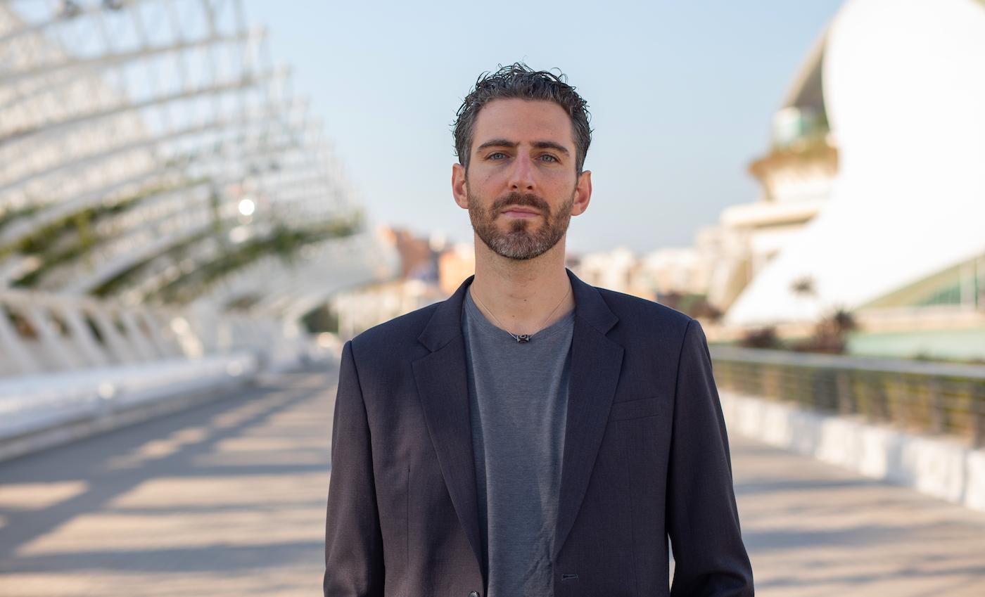 La Cannabis salverà il mondo: intervista a Matteo Gracis