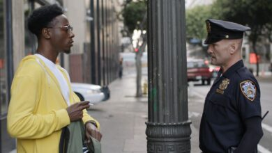 Photo of Two Distant Strangers è il corto di Netflix candidato agli Oscar di cui avevamo bisogno