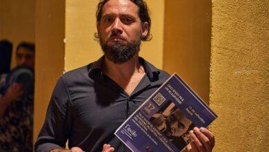 Photo of Luca Iavarone padrino della prima serata del Festival Ceci n'est pas un blasphème